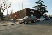 1992 January..Conservation.MidTown Industrial..ACQUISITIONS.513 EAST 18TH STREET.TRT UNION HALL...NEG#.NRHA#..