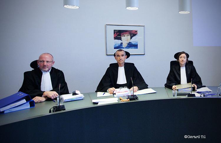 Nederland, Arnhem, 19-03-2012. Rechtszaak John Deuss . V.l.n.r: M. Hamaker, W.A. Holland (voorz.) en mw. J. Klep. FOTO: Gerard Til