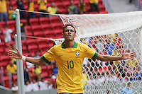 BRASILIA, DF, 07.09.2013 - 07.09.2013 - BRASIL X AUSTRÁLIA/AMISTOSO:  Neymar comemora gol durante partida amistosa entre Brasil x Austrália, no Estádio Nacional Mané Garrincha.(Foto: Vanessa Carvalho / Brazil Photo Press).