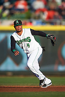 Dayton Dragons second baseman Ronald Bueno (4) during a game against the Great Lakes Loons on May 21, 2015 at Fifth Third Field in Dayton, Ohio.  Great Lakes defeated Dayton 4-3.  (Mike Janes/Four Seam Images)