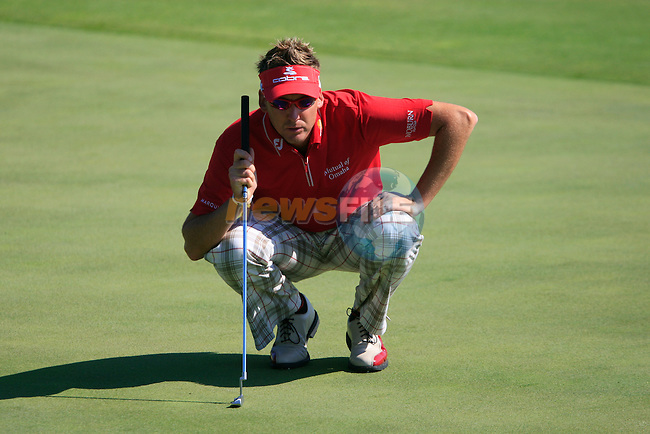 Ian Poulter (ENG) lines up his putt on the 8th green during the morning session on Day 3 of the Volvo World Match Play Championship in Finca Cortesin, Casares, Spain, 21st May 2011. (Photo Eoin Clarke/Golffile 2011)