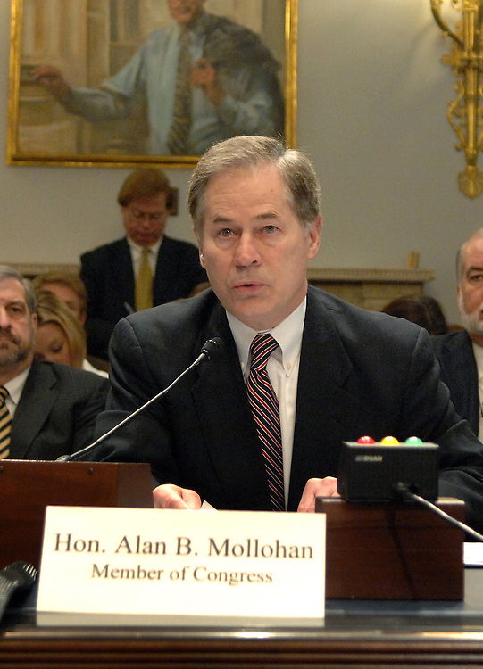 Rep. Alan Mollohan, D-W.V., testifies at a Fisheries, Wildlife and Oceans Subcommittee hearing on the impacts of wind turbines on birds and bats.