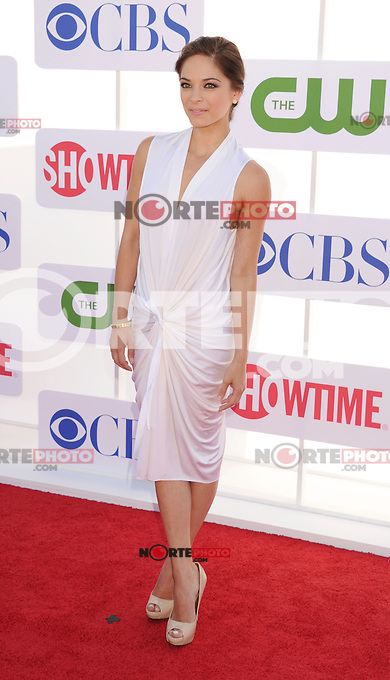 BEVERLY HILLS, CA - JULY 29: Kristin Kreuk arrives at the CBS, Showtime and The CW 2012 TCA summer tour party at 9900 Wilshire Blvd on July 29, 2012 in Beverly Hills, California. /NortePhoto.com<br /> <br />  **CREDITO*OBLIGATORIO** *No*Venta*A*Terceros*<br /> *No*Sale*So*third* ***No*Se*Permite*Hacer Archivo***No*Sale*So*third*