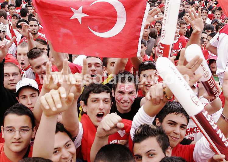 **ALL ROUND PICTURES FROM SOLARPIX.COM**.**SYNDICATION RIGHTS FOR UK AND SPAIN ONLY**.Turkey fans watch the European Championship tournament Euro 2008, Switzerland versus Turkey match on a public screen in Frankfurt, Germany. Turkey 2 Switzerland 1. 11th June 2008..This pic: Atmosphere..JOB REF: 6618 CPR/Martin Oeser .DATE:11_06_2008.**MUST CREDIT SOLARPIX.COM OR DOUBLE FEE WILL BE CHARGED* *UNDER NO CIRCUMSTANCES IS THIS IMAGE TO BE REPRODUCED FOR ANY ONLINE EDITION WITHOUT PRIOR PERMISSION*
