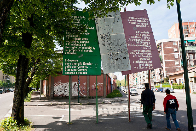 Sesto San Giovanni (Milano). Per festeggiare il suo 60° anniversario, su dei pannelli sparsi per la città sono riportati gli articoli della Costituzione italiana --- Sesto San Giovanni (Milan). To celebrate its 60 anniversary, on panels throughout the city are listed articles of the Italian constitution