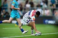 Sam Aspland-Robinson of Leicester Tigers scores a try. Premiership Rugby 7s (Day 2) on July 28, 2018 at Franklin's Gardens in Northampton, England. Photo by: Patrick Khachfe / Onside Images