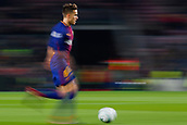 5th December 2017, Camp Nou, Barcelona, Spain; UEFA Champions League football, FC Barcelona versus Sporting Lisbon; Denis Suarez of FC Barcelona runs with the ball in camera blurred picture
