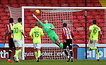 Simon Moore of Sheffield Utd makes a first class save during the English League One match at Bramall Lane Stadium, Sheffield. Picture date: December 31st, 2016. Pic Simon Bellis/Sportimage
