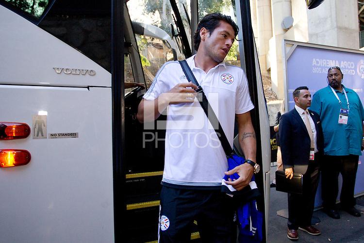 Action photo during the match Colombia vs Paraguay at Rose Bowl Stadium Copa America Centenario 2016. ---Foto  de accion durante el partido Colombia vs Paraguay, En el Estadio Rose Bowl, Partido Correspondiante al Grupo - A -  de la Copa America Centenario USA 2016, en la foto: Nelson Valdez<br /> <br /> --- 07/06/2016/MEXSPORT/Victor Posadas.