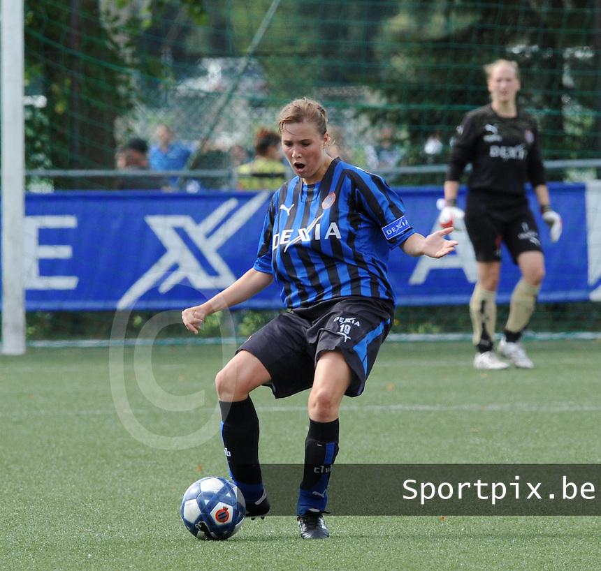 Dames Club Brugge : Rebecca Dierick.foto VDB / BART VANDENBROUCKE
