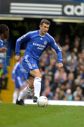 28 January 2007: Chelsea striker Andriy Shevchenko with the ball during the FA Cup 4th Round game between Chelsea and Nottingham Forest played at Stamford Bridge. Chelsea won the game 3-0,  Photo: Actionplus....070128 football soccer player