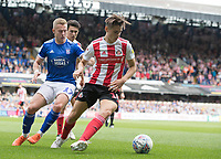 George Dobson of Sunderland under pressure from Danny Rowe of Ipswich Town during Ipswich Town vs Sunderland AFC, Sky Bet EFL League 1 Football at Portman Road on 10th August 2019