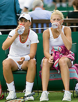 25-6-08, England, Wimbledon, Tennis, Erakovic and Krajicek(R)