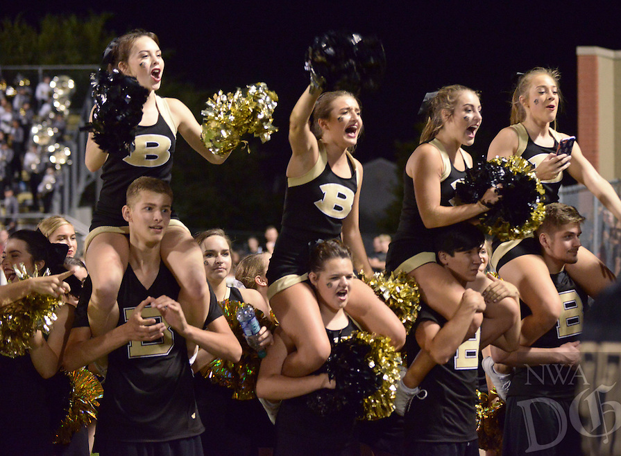 NWA Democrat-Gazette/BEN GOFF @NWABENGOFF<br /> Bentonville vs Bixby, Okla. football on Friday Sept. 9, 2016 at Tiger Stadium in Bentonville.