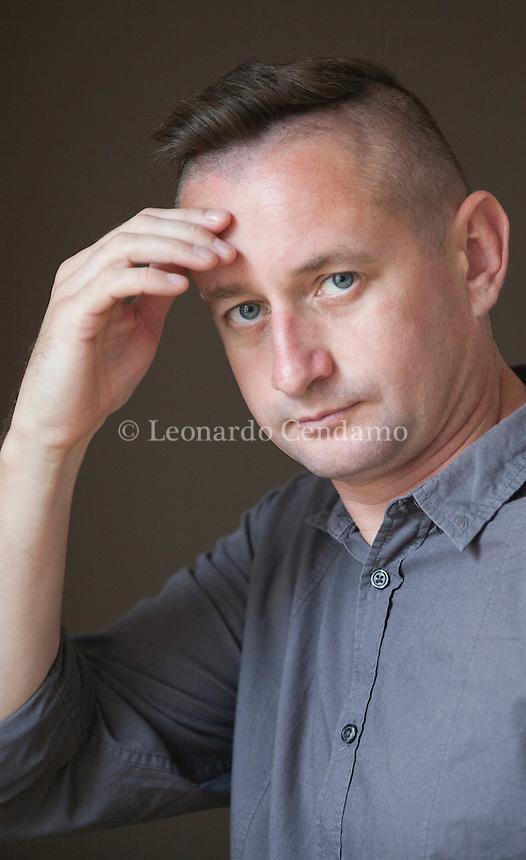 """PORDENONE, 15 SET - """"Bisogna dare voce a cosa sta accadendo nel mio Paese, che è stato costretto ad una guerra che non è quella dei presidenti e dei generali, ma che colpisce la gente comune: il popolo ucraino che combatte e muore e che ha bisogno di essere raccontato, perché il messaggio giunga alle future generazioni"""": lo ha affermato lo scrittore e poeta ucraino Serhji Žadan, a margine... Prdenonelegge settembre 2016. © Leonardo Cendamo"""