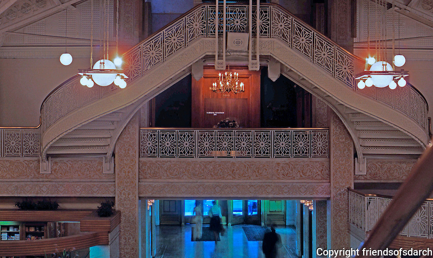 F.L. Wright:  Rookery  Building , Lobby Remodel 1905. Upper Stairs.  Photo '76.  Note: Built by Burnham & Root from 1885-1888.