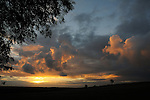12/10/2016.  Lincolnshire,  United Kingdom. A sunrise over the Lincolnshire countryside. Jonathan Clarke / JPC Images