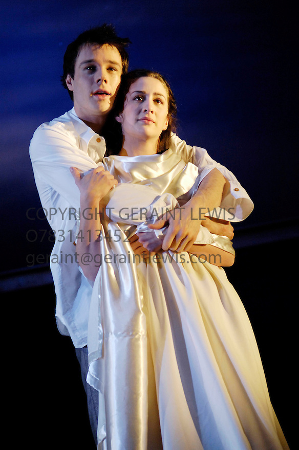 Romeo and Juliet by William Shakespeare directed by Katrina Lindsay. An RSC Production. With Rupert Evans,Morven Christie.Opens at The Royal Shakespeare Theatre on 18/4/06. CREDIT Geraint Lewis