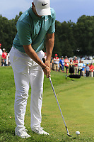 Rory McIlroy (NIR) chips onto the 9th green during Sunday's Final Round of the WGC Bridgestone Invitational 2017 held at Firestone Country Club, Akron, USA. 6th August 2017.<br /> Picture: Eoin Clarke | Golffile<br /> <br /> <br /> All photos usage must carry mandatory copyright credit (&copy; Golffile | Eoin Clarke)