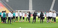 Ansprache von Bundestrainer Joachim Loew (Deutschland Germany) - 26.03.2018: Abschlusstraining der Deutschen Nationalmannschaft, Olympiastadion Berlin