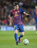 FUSSBALL   CHAMPIONS LEAGUE SAISON 2011/2012   HALBFINALE   RUECKSPIEL        FC Barcelona - FC Chelsea       24.04.2012 Lionel Messi (Barca) Einzelaktion am Ball