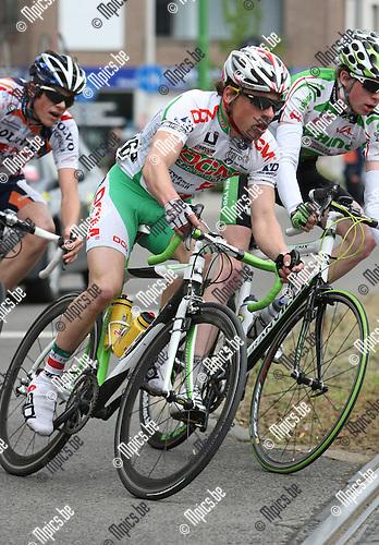 2010-05-01 / wielrennen / seizoen 2010 / Aron Sempels