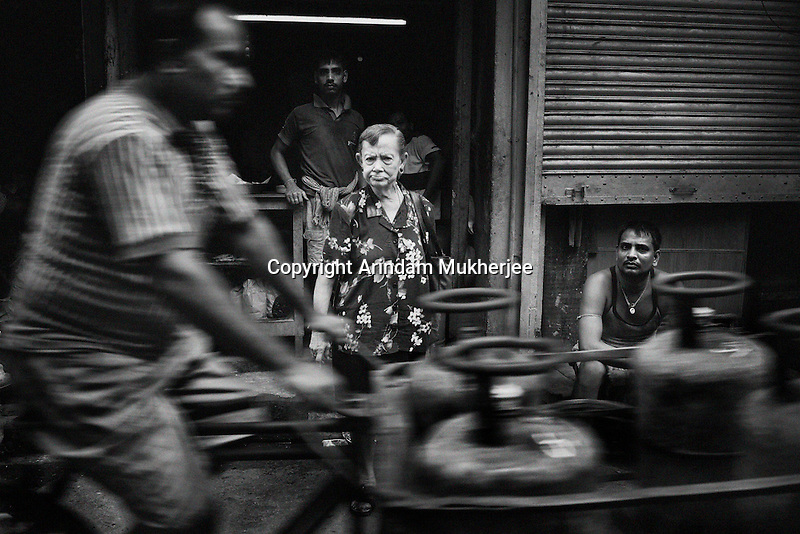 An Anglo Indian lady on Ripon Street. Kolkata.