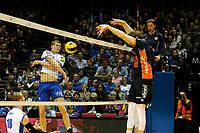 GRONINGEN - Volleybal , Lycurgus - Orion, finale playoff 3, seizoen 2018-2019, 01-05-2019 smash Lycurgus speler Auke van der Kamp