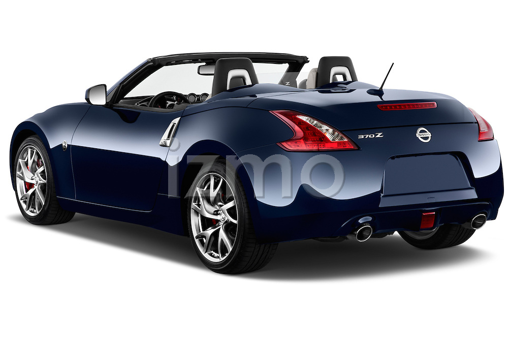 Rear three quarter view of a 2017 Nissan 370Z AT Roadster
