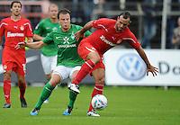 FUSSBALL   1. BUNDESLIGA   SAISON 2011/2012   TESTSPIEL SV Werder Bremen - Olympiakos Piraeus             26.07.2011 Phillip BARGFREDE (LI, Bremen) gegen Hurtado Moises (re, Piraeus)