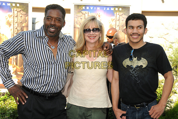 "Ernie Hudson & guests.""Zookeeper"" Los Angeles Premiere held at the Regency Village Theatre, Westwood, California, USA..July 6th, 2011.half length shirt black batman print white top sunglasses shades white black stripe beard facial hair .CAP/ADM/BP.©Byron Purvis/AdMedia/Capital Pictures."