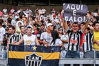 BELO HORIZONTE, MG, 19 MAIO 2013 - CAMPEONATO MINEIRO - ATLÉTICO MG X CRUZEIRO - Torcida  do Atlético Mineiro durante partida contra o Cruzeiro, jogo valido pela segunda partida da final do Campeonato Mineiro no estádio Mineirão em Belo Horizonte, na tarde deste Domingo, 19. FOTO: NEREU JR / BRAZIL PHOTO PRESS).