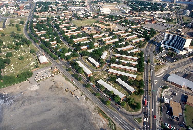 1994 June 03..Assisted Housing..Young Terrace..LOOKING SOUTHEAST ON CORNER OF VIRGINIA BEACH BLVD & ST PAUL BLVD...NEG#.NRHA#..