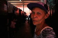 Mais de 1,5 mil famílias já foram afetadas em Rio Branco (AC)  e Porto Velho (RO), por causa da cheia dos rios Acre e Madeira, que desde a segunda-feira (17) apresenta os maiores níveis registrados em séria histórica de 100 anos. Nos dois Estados, mais de 500 pessoas já foram retiradas de suas casas e conduzidas para abrigos improvisados pela Defesa Civil.<br /> <br /> De acordo com dados da Agência Nacional de Águas, o Madeira, em Porto Velho, estava com 17,87 metros de profundidade às 15 horas desta quarta. Em Rio Branco, acima da cota de transbordamento, o Rio Acre estava com 14,97 metros de profundidade.<br /> De acordo com a  Defesa Civil a  cada duas horas, uma nova família chega ao abrigo. <br /> Rio Branco, Acre, Brasil.<br /> Foto Odair Leal<br /> 20/02/2014<br /> <br /> Boletim oficial: http://www.pmrb.ac.gov.br/index.php/noticias/noticias-itens/ultimas-noticias/6803-15hsboletim.html