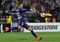 MEDELLIN - COLOMBIA: 15 - 03 - 2017: David Gonzalez, portero de Deportivo Independiente Medellin, en acción durante partido de la fase de grupos, grupo 3, fecha 1 entre Deportivo Independiente Medellin de Colombia y River Plate de Argentina por la Copa Conmebol Libertadores Bridgestone 2017 en el Estadio Atanasio Girardot, de la ciudad de Medellin. / David Gonzalez, goalkeeper of Deportivo Independiente Medellin, in action during a match for the group stage, group 3 of the date 1, between Deportivo Independiente Medellin of Colombia and River Plate of Argentina for the Conmebol Libertadores Bridgestone Cup 2017, at the Atanasio Girardot, Stadium, in Medellin city. Photos: VizzorImage / Luis Ramirez / Staff.