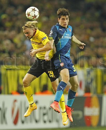 16.09.2014. Dortmund, Germany. Champions League group stages; Borussia Dortmund, versus Arsenal. Signal-Iduna-Park-Stadion Dortmund.  Marcel SCHMELZER, BVB challenged by BELLERIN, Arsenal