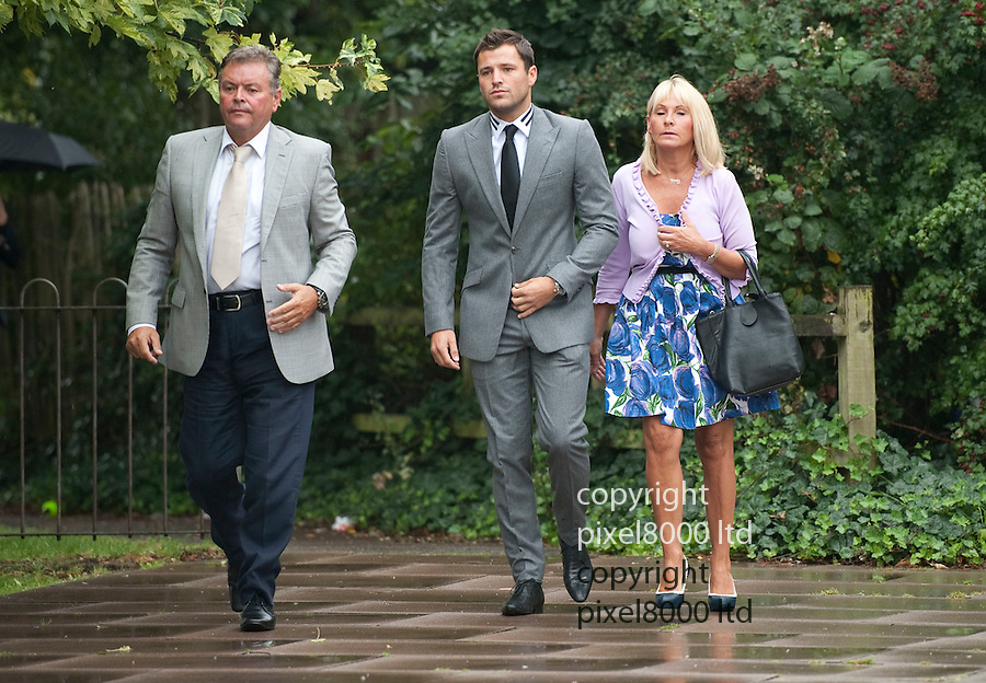 Mark Wright of TOWIE fame at Redbridge Magistrates Court today 4.8.11 where he is appearing on charges of threatening behaviour after a brawl outside his Deuces Nightclub..He arrives with his mother Carol right (and his father, JIm left).....pic by Gavin Rodgers/ Pixel 8000.07917221968