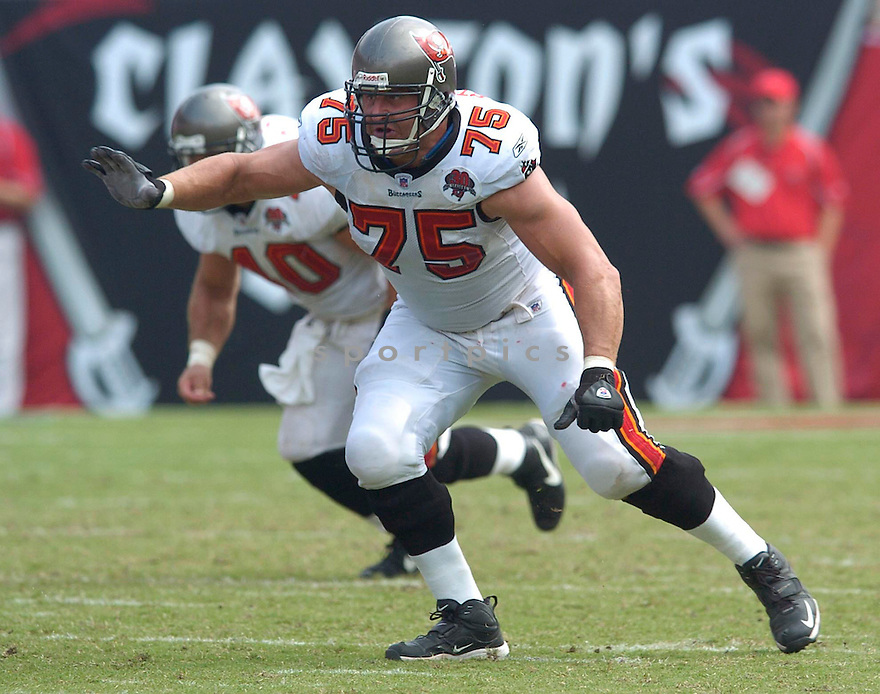 Todd Steussie during the Tampa Bay Buccaneers v. Buffalo Bills game on September 18, 2005. Buccaneers win 19-3..Chris Bernacchi / SportPics