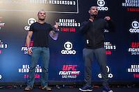 SÃO PAULO, SP, 05.11.2015 - UFC-SP - Gleison Tibau e Abel Trujillo durante encarada no UFC Media Day, no hotel Hilton, na zona sul de São Paulo, na manhã desta quinta-feira, 05. (Foto: Adriana Spaca/Brazil Photo Press)