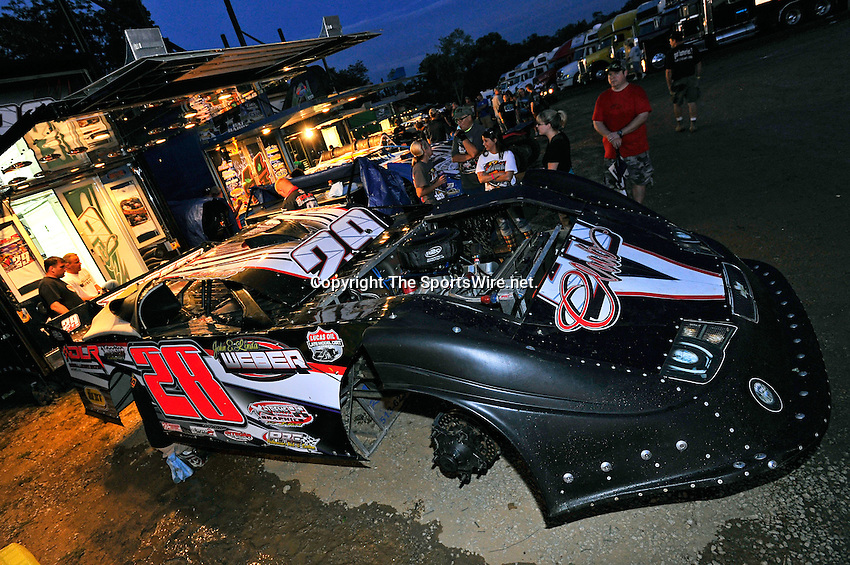 Aug 13, 2011; 8:56:25 PM; Union, KY., USA; The 29th Annual ìSunoco Race Fuels North/South 100î running a 50,000-to-win event presented by Lucas Oil at Florence Speedway in Union, KY. Mandatory Credit: (thesportswire.net)