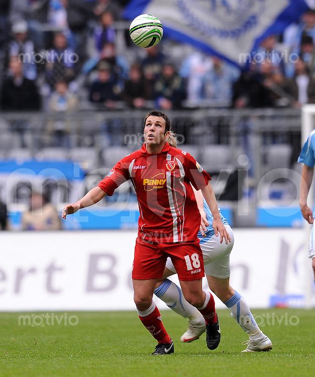 2. Fussball Bundesliga:  Saison   2009/2010  , 29.  Spieltag  1860 Muenchen - Energie Cottbus    04.04.2010 Marc Andre Kruska (Cottbus)