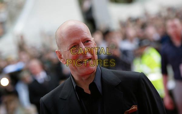 BRUCE WILLIS.Die Hard 4.0 premiere .at Empire cinema, Leicester Square, London.CAP/CAM.©Andre Camara/Capital Pictures