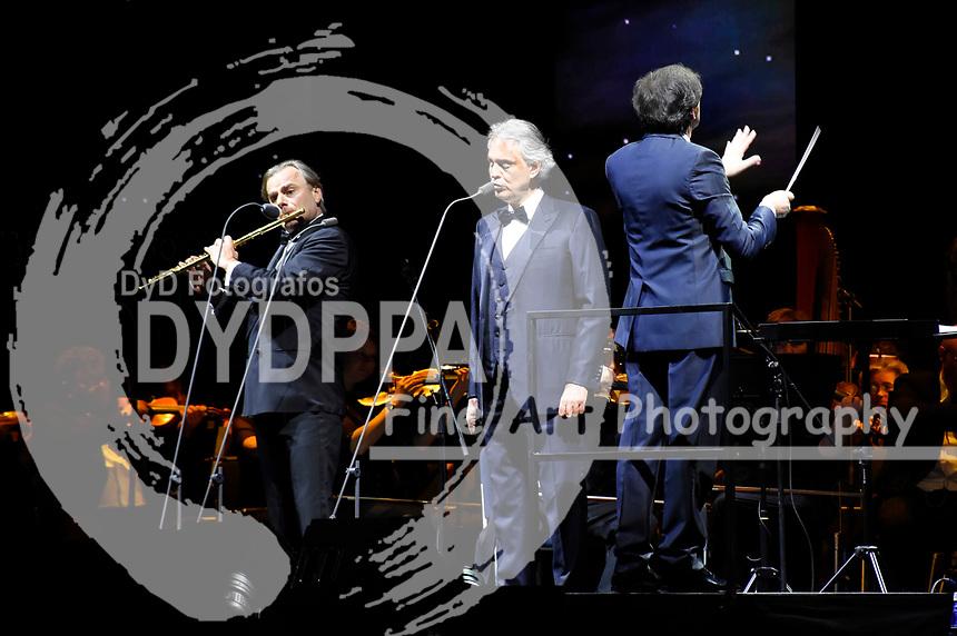 Andrea Bocelli bei einem exklusiven Konzert mit Orchester und dem Budapest Studio Choir in der Olympiahalle. München, 07.04.2018