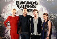Kristen Stewart, Charlize Theron, Sam Claflin y el Director Rupert Sanders asisten al photocall de la pelicula 'Blancanieves y la Leyenda del Cazador' en la Casa America de Madrid.             ----------------------------Kristen Stewart, Charlize Theron, Sam Claflin and the Director Rupert Sanders attend the photocall of the movie 'Snow White and the Huntsman' at the Casa America in Madrid *NortePhoto*<br />