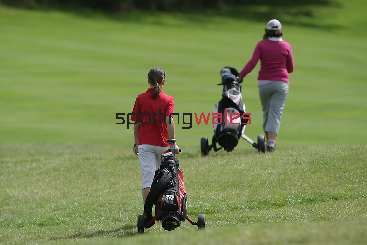 Junior Wales Open Final 2009..Celtic Manor Resort..25.08.09.©Steve Pope.Sportingwales.The Manor .Coldra Woods.Newport.South Wales.NP18 1HQ.07798 830089.01633 410450.steve@sportingwales.com.www.fotowales.com.www.sportingwales.com