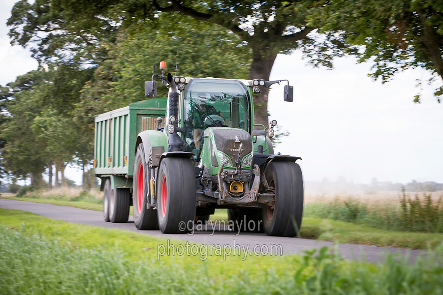 Tractor & trailer moving at speed on the road - Lincolnshire, August