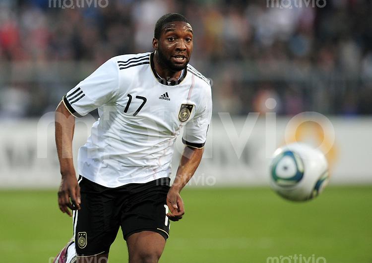 FUSSBALL   INTERNATIONAL   SAISON 2010/2010    Deutschland U21 - Italien U21             29.03.2011 Richard SUKUTA-PASU (Deutschland) Einzelaktion am Ball