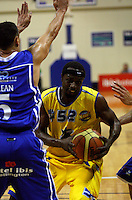 Lemar Gayle up against Troy McLean during the NBL Basketball match between Wellington Saints and Otago Nuggets at TSB Bank Arena, Wellington, New Zealand on Sunday, 30 March 2008. Photo: Dave Lintott / lintottphoto.co.nz