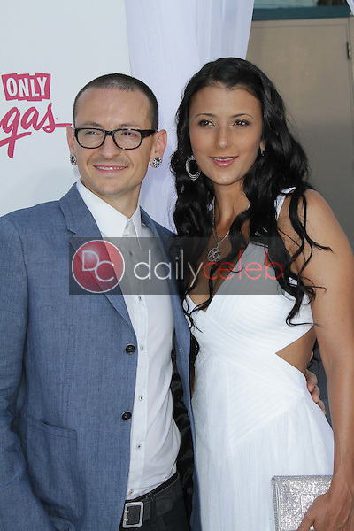 Talinda Ann Bentley, Chester Bennington<br />