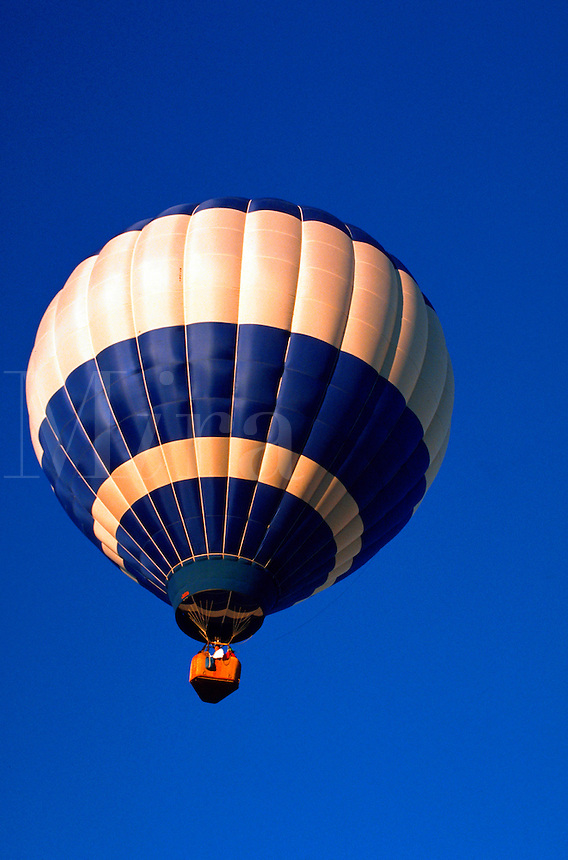 A hot air balloon.